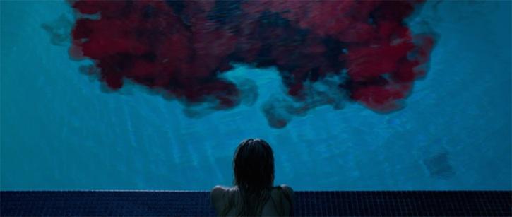 it-follows_blood-pool
